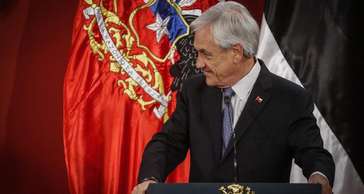 Piñera condena ataque a monumento de Héroes de Iquique: