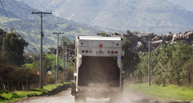 Autoridades ambientales detectan una serie de problemas en faenas de relleno sanitario de Villarrica