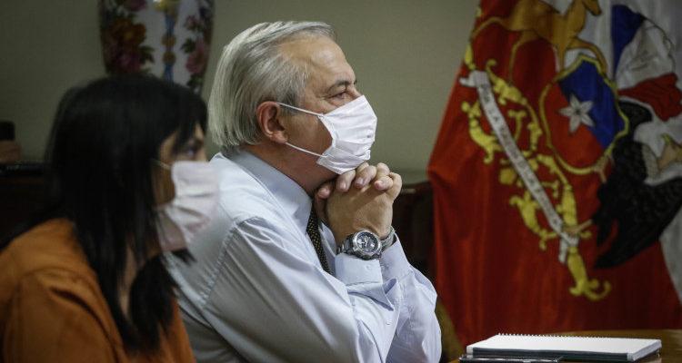 Alcalde Codina postula a Rubilar como ministra de Salud y oposición suma críticas contra Mañalich