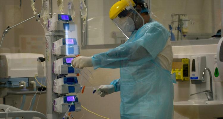 Estados Unidos reporta 743 nuevas muertes por Covid-19 en las últimas 24 horas