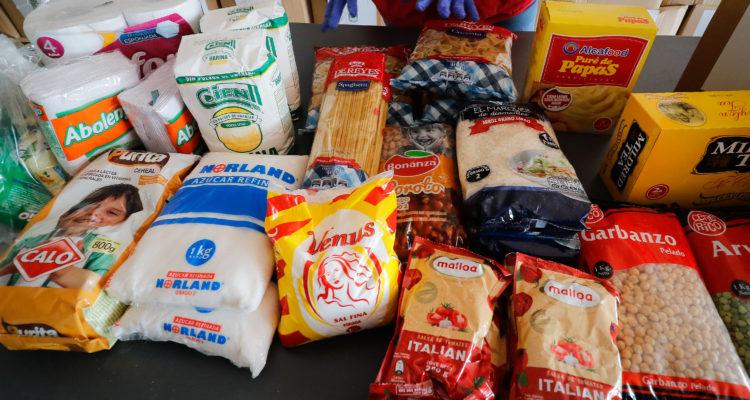 Concejo de Los Ángeles aprueba más de $300 millones para entregar cajas de alimentos a estudiantes