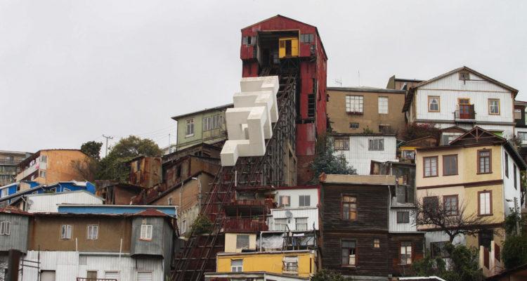 Vecinos de Playa Ancha piden claridad al MOP sobre reactivación de ascensores Villaseca y Monjas