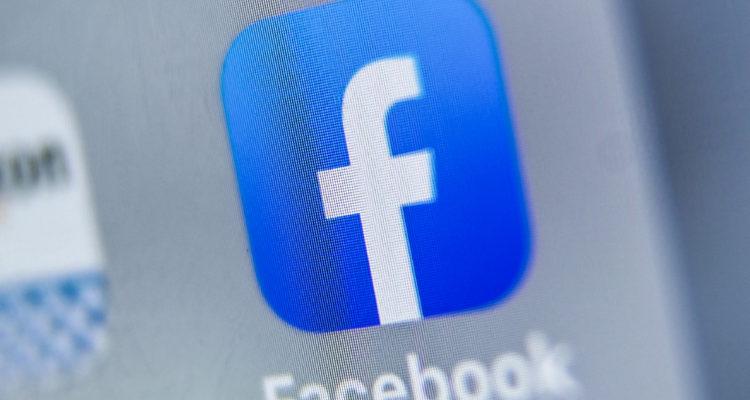 Caen las acciones de Facebook por boicot de empresas que han dejado de publicitar en ella