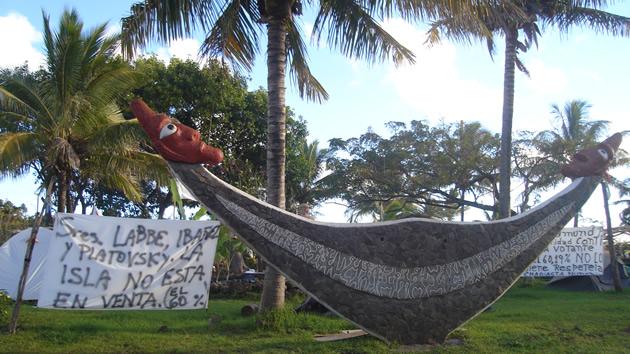 Protestas frente a Gobernación de Rapa Nui