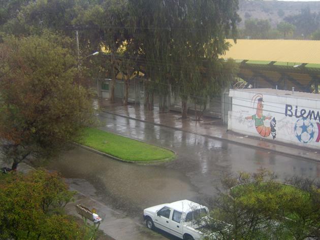 Lluvia sobre Vallenar | César Aguilar