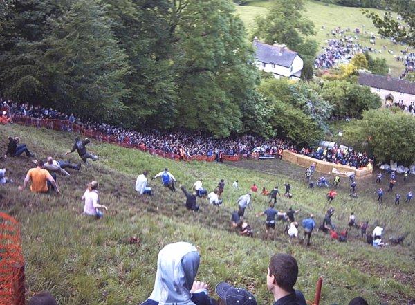 Festival del queso rodante | Wikipedia