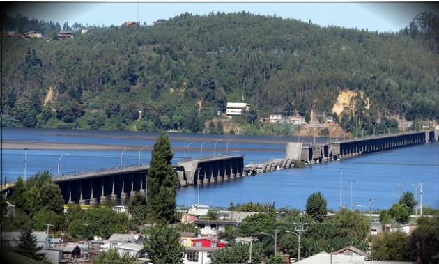 Puente Viejo colapsado por terremoto | Foto: Ennio Pereira en Flickr
