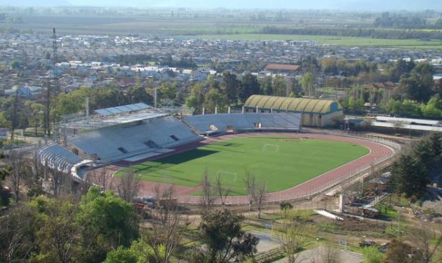 El medio-estadio de Curicó   Alejandro Medina
