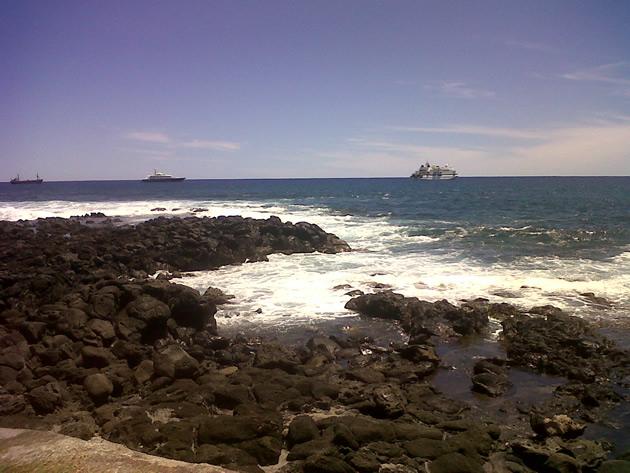 Playas de Rapa Nui | Néstor Aburto