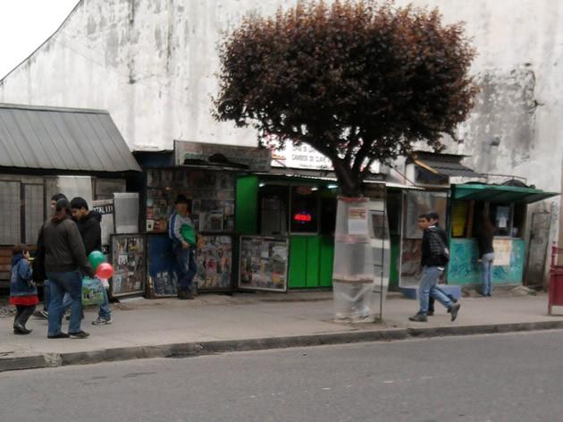 Protesta de suplementeros contra el diario Austral de Osorno | Hardy González