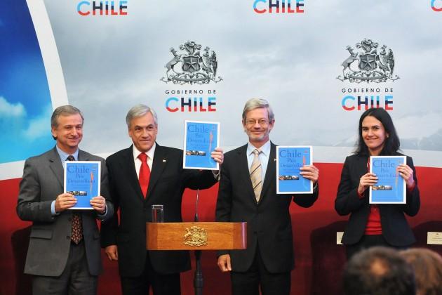 Presidente presenta agenda Chile País Desarrollado