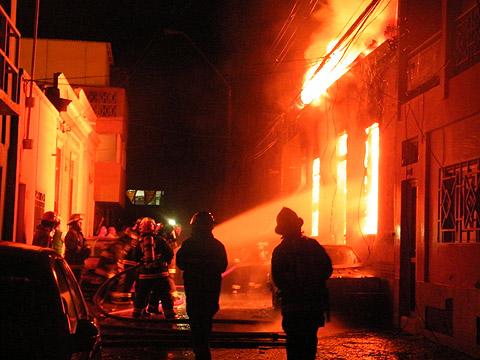 Incendio en casa de Antofagasta | Cristián Arce