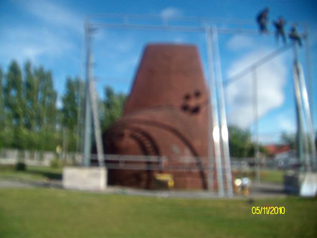 Pasados a llevar en áreas verdes y monumento indígena | Miguel Oñate