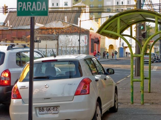 Paradero convertido en estacionamiento | Felipe Elgueta