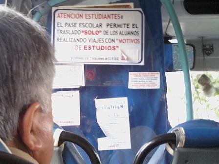 Mantienen carteles TNE ahora con símbolos tapados | Marcelo Arancibia
