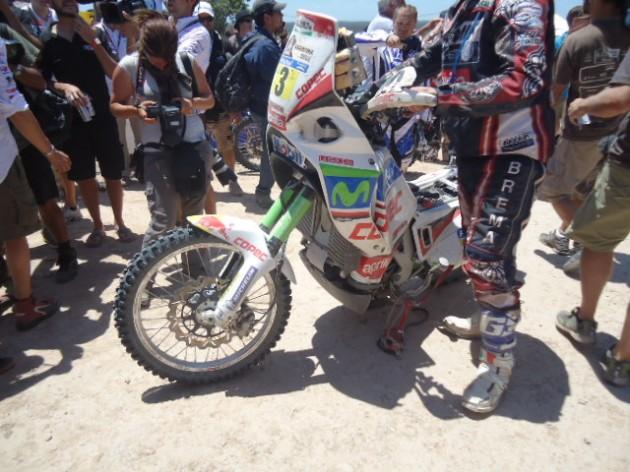 Así quedó la moto del chileno / Imagen: Hans Hott