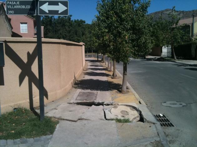 Esquina destruida por terremoto aún no reparada y municipalidad no da respuestas | Nicolás Méndez