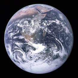 La Tierra vista desde el Apolo 17 | Wikipedia