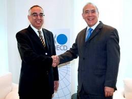 Embajador Raúl Sáez y Ángel Gurría