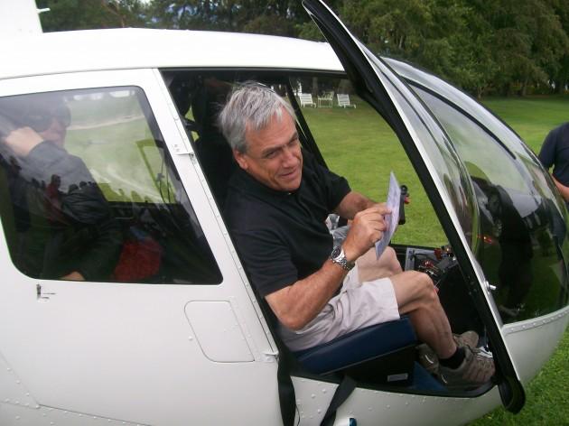 Presidente Sebastián Piñera en helicóptero / Rodrigo Aguilera