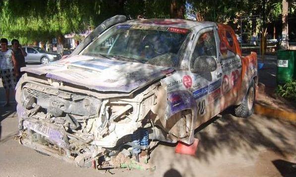 Así quedó la camioneta tras el impacto / Imagen: Portal andes.com.ar