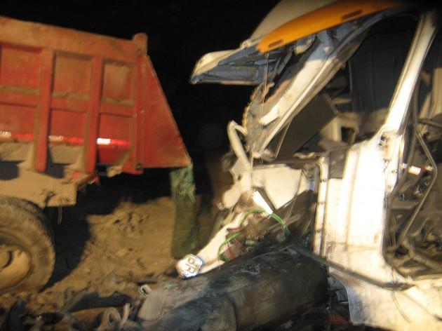 Accidente entre camiones | Foto: Efraín Lillo
