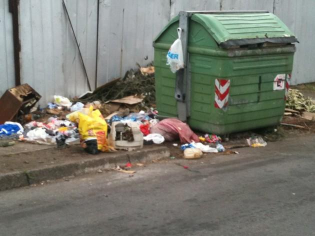 Basural en calle de Talcahuano / Cristian