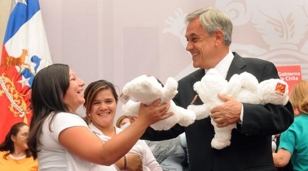 Ceremonia proyecto Postnatal | José Manuel de la Maza en Fotopresidencia.cl