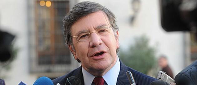 Ministro Lavín | Imagen de Mindeuc.cl