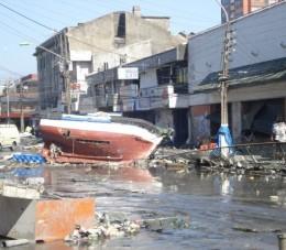 Talcahuano tras tsunami   Solange Huerta