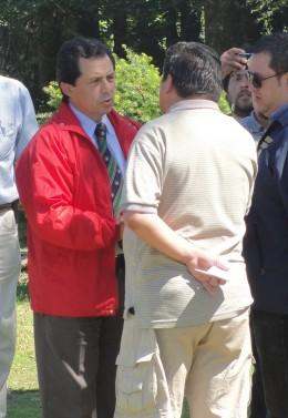 Gobernador entrega condolencias   El Dalcahuino