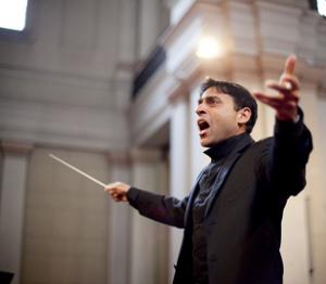 Vijay Upadhyaya - Director del Coro