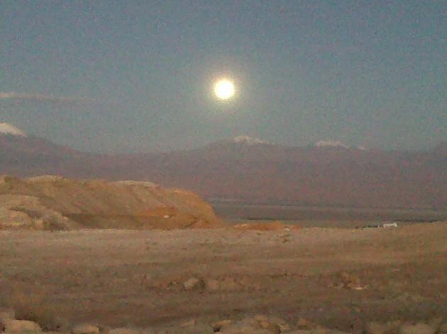 Carolina Echeverría desde el Valle de la Luna, Región de Antofagasta