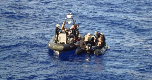 El equipo listo para bucear | Armada de Chile