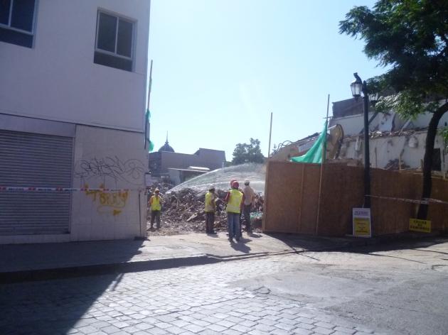 Clinica London demolida con aprobación del Consejo de Monumentos Nacionales   José Osorio
