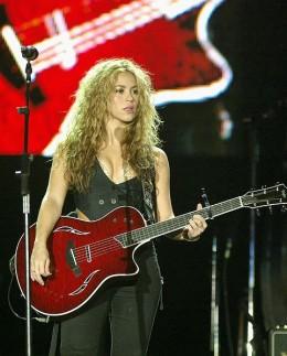 Shakira | Wikipedia