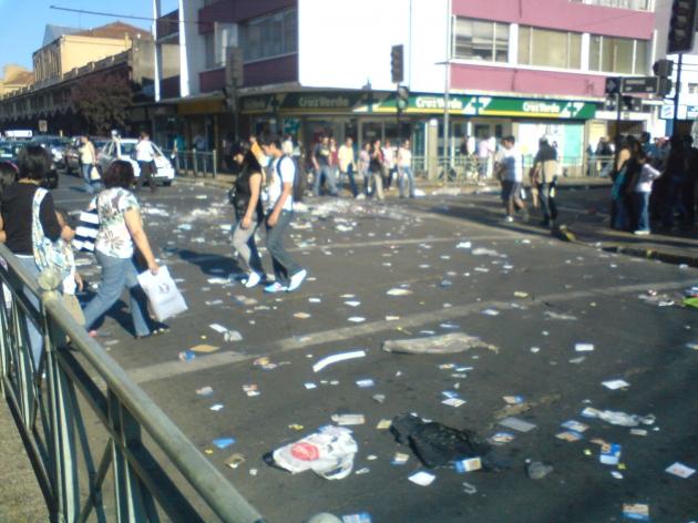 Basura por manifestaciones   Marcelo Soto Moya