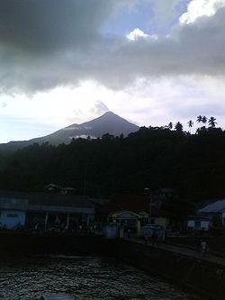 Volcán Karaketang | wikipedia