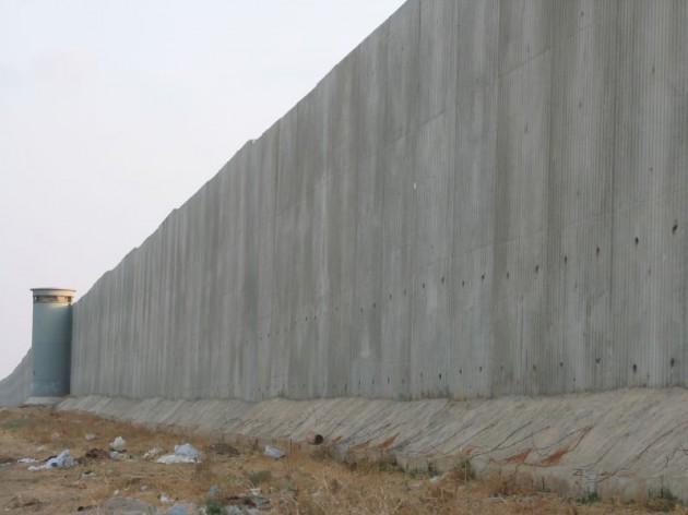 Muro construido por Israel en su frontera con Cisjordania | Wikipedia
