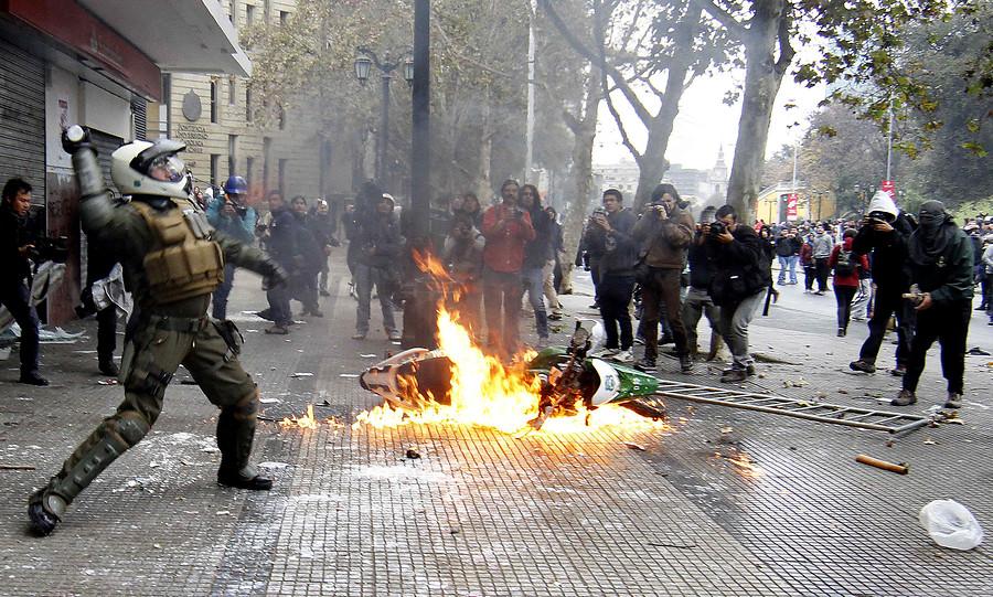 Incidente en marcha   Francisco Saavedra/AgenciaUNO