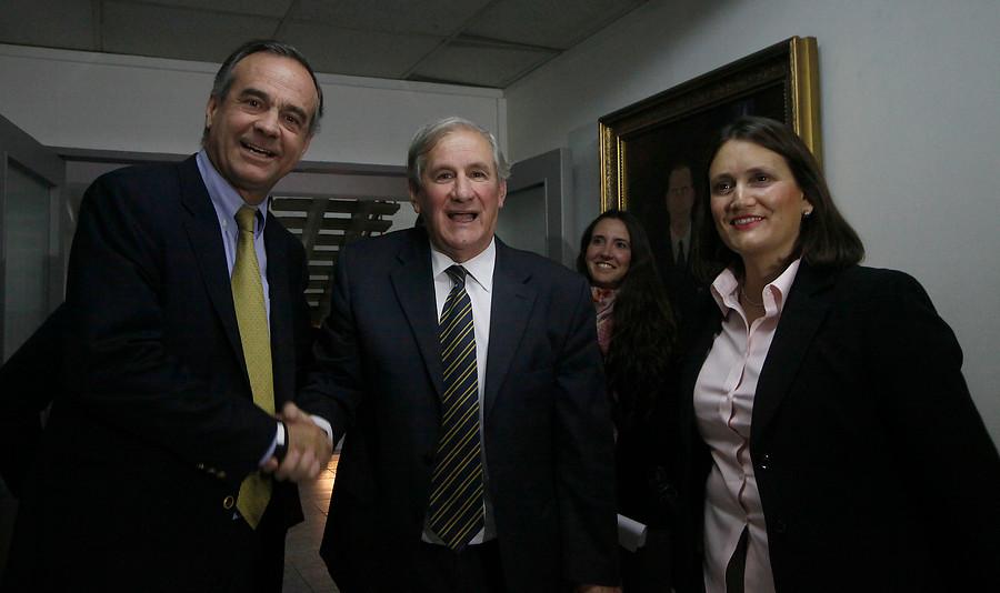 Manuel Antonio Matta (al centro) | Pedro Cerda/Agencia UNO