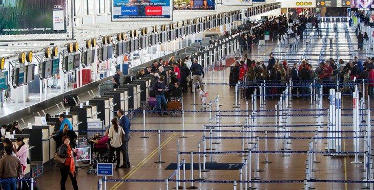 Aeropuerto Arturo Merino Benítez | David Cortes Serey/AgenciaUNO