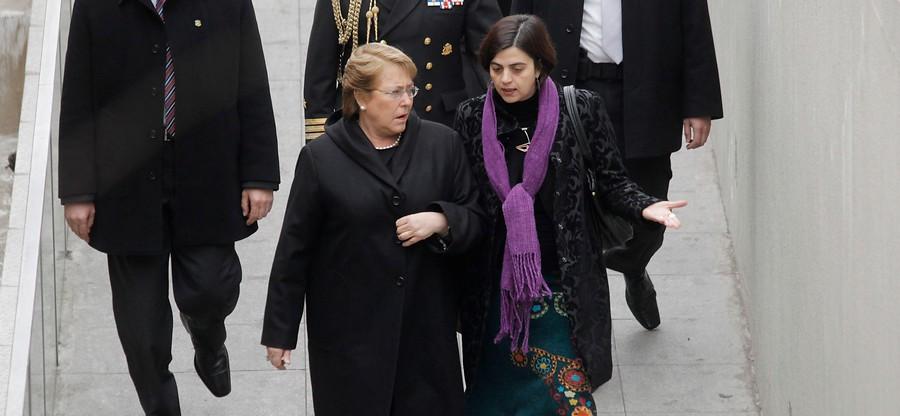 Michelle Bachelet junto a Claudia Pascual | David von Blohn | Agencia UNO