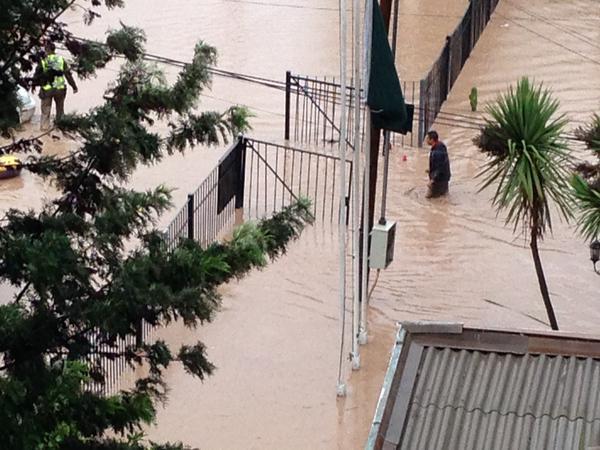 Inundación en Comisaría de Copiapó  @Lore__Lei
