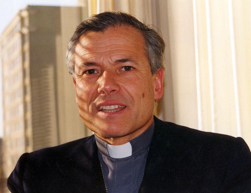 Arzobispo Caro | www.iglesia,cl