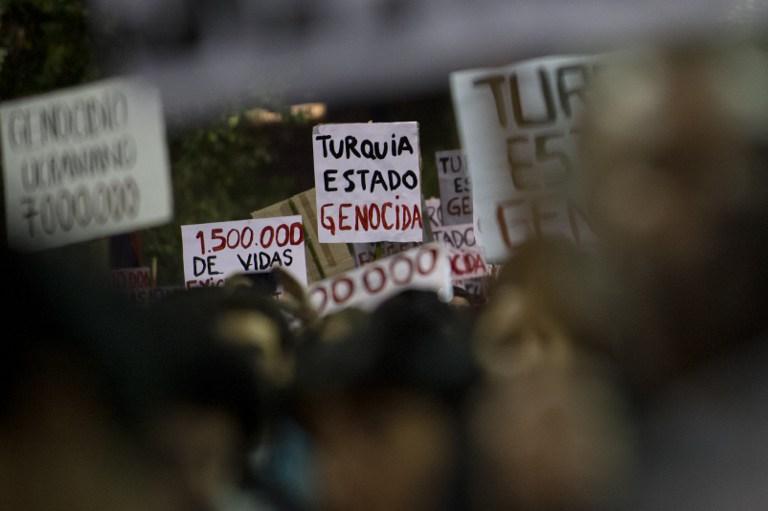 Manifestación en Uruguay por genocidio en Armenia | AFP