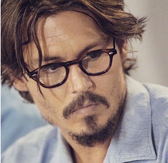 Johnny Depp l Facebook