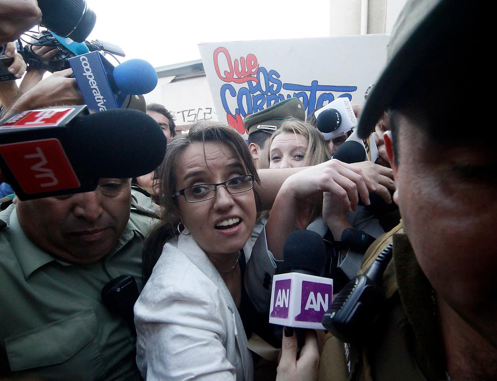 Salida de Natalia Compagnon desde la Fiscalía   Agencia UNO