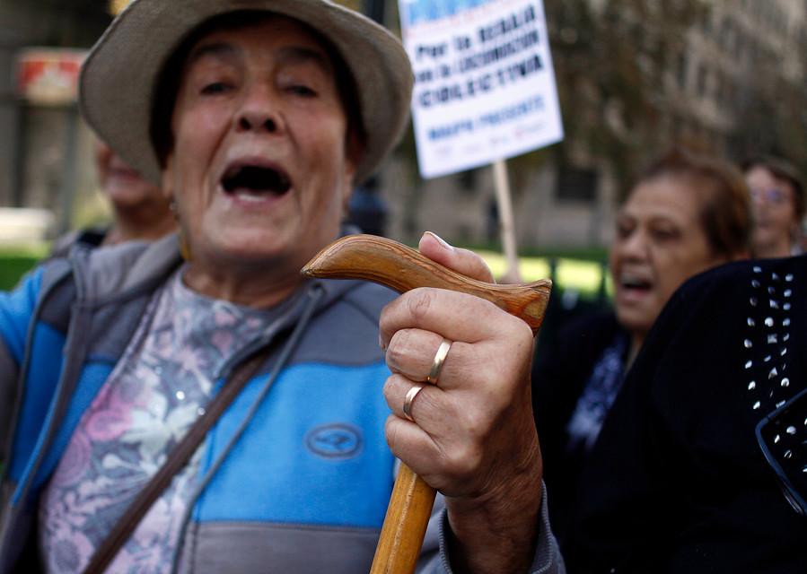 Marcha de los bastones | Francisco Castillo | Agencia UNO