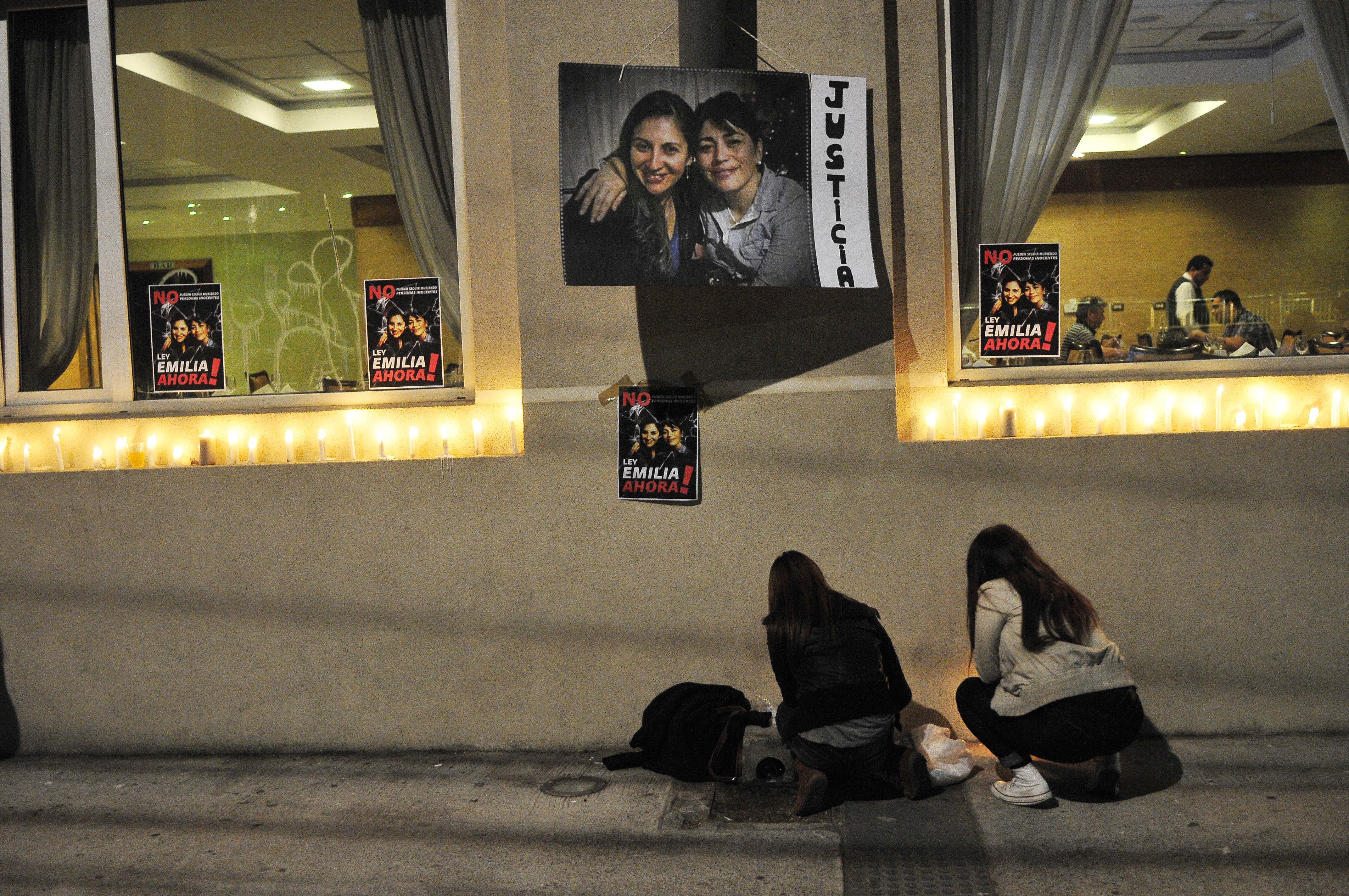 Velatón por víctimas   Raul Zamora   Agencia UNO
